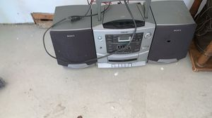 Radio with speakers for Sale in Dearborn, MI