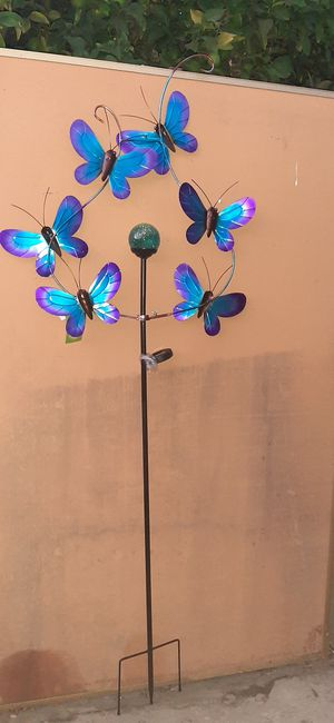 "BUTTERFLY SOLAR SPINNER 81.25""L X 29.75""W X 4""H for Sale in Ontario, CA"