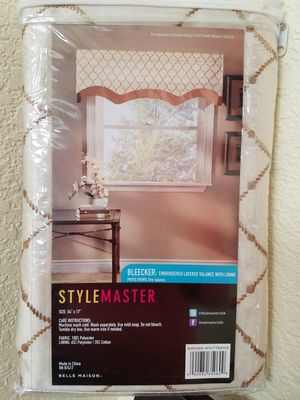 Curtain-valance-decor for Sale in Lathrop, CA