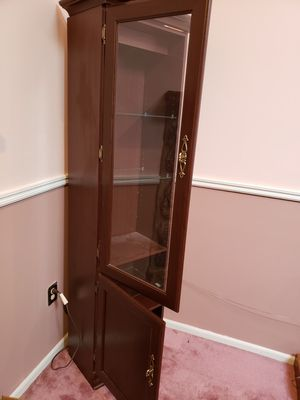 Beautiful cherrywood curio with glass door for Sale in North Brunswick Township, NJ