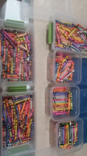 600+ Crayola Crayons with Containers $18 OBO for Sale in Milwaukee, WI