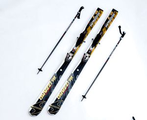 Blizzard Magnum 8.7 IQ With K2 Automatic Ski Poles for Sale in South Gate, CA