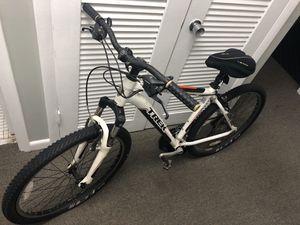 Trek Mountain Bike for Sale in Tamarac, FL
