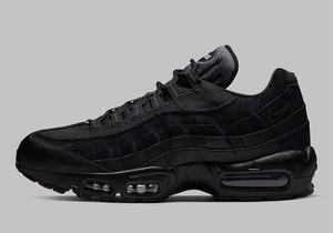 Nike Air Max 95 Essential Triple Black Running Shoes Men's Size 6 for Sale in Cincinnati, OH