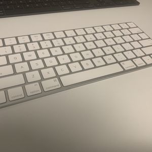 Apple Magic Keyboard 2 for Sale in San Diego, CA