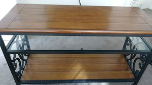 Console table Wood and metal scroll. for Sale in Hawthorne, CA