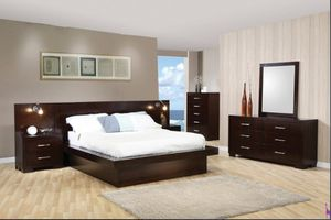 Jessica Collection Bedroom set for Sale in Naples, FL