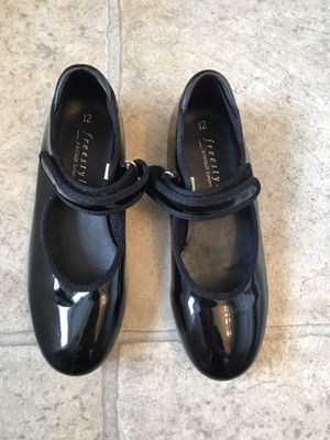 Girls Size 12 Tap Shoes for Sale in Mt. Juliet, TN