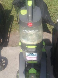 Carpet Shampooer for Sale in Lakeland,  FL