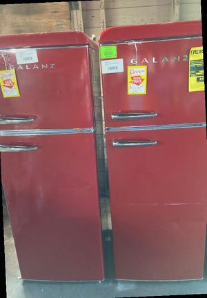 GALANZ Refrigerator GLR76TRDER7.6 ft.³ CA9FH for Sale in Ontario, CA