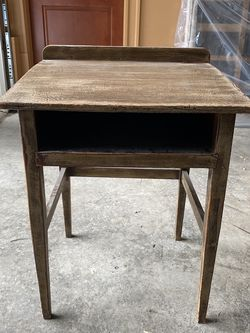 Vintage School Desk (Sturdy, Awesome for Refinishing!) for Sale in Portland,  OR