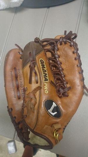 Omaha pro series baseball glove for Sale in Virginia Beach, VA