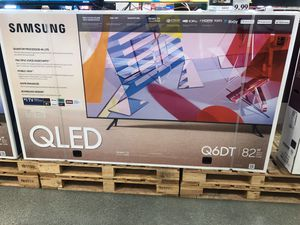 Samsung 82 inch QLED 4K TV smart with warranty Q6 for Sale in Corona, CA