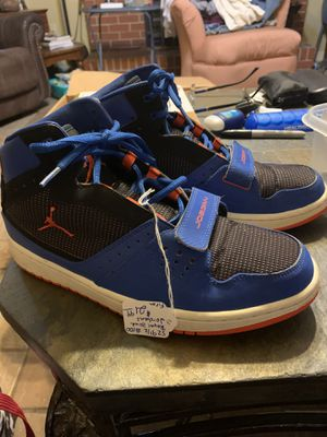 Sz 9 1/2 blue jordans for Sale in Conway, AR