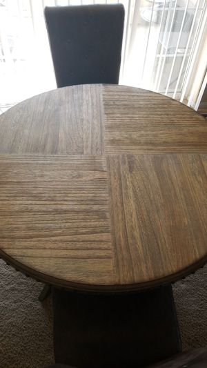 Wooden Kitchen Table w/ 4 chairs for Sale in Denver, CO