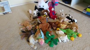 Beanie babies and other stuffed animals for Sale in Carrollton, TX