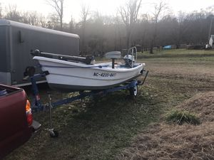 1984 Winchester jon boat for Sale in Walkertown, NC