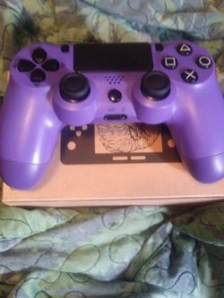 Purple PlayStation Controller for Sale in Cleveland,  OH