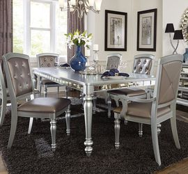 Silver Mirrored Extendable Dining Set 💕 5 pc Table + 4 Side Chairs 💕💕💕 for Sale in Houston,  TX