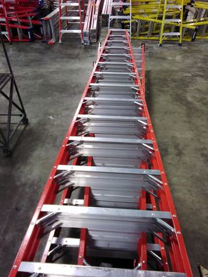14ft Fiberglass Step Ladder for Sale in Atlanta, GA