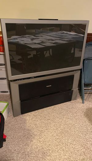 "Toshiba 46"" projection TV- works- FREE pickup for Sale in Traverse City, MI"