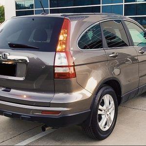 2010 HONDA CRV MINI SUV for Sale in Fresno, CA