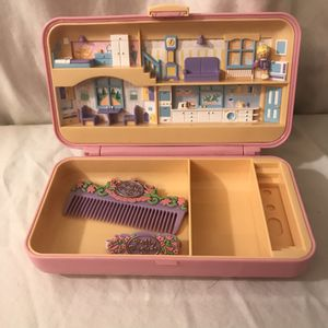 Vintage Collectible 1990 Bluebird Toys Company Polly Pocket Hair Pink Compact Play Set for Sale in Athens, GA