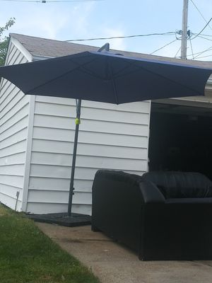 Patio umbrella with stand for Sale in Valley View, OH