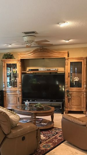 Entertainment Center, Kevin Charles for Sale in Sebring, FL