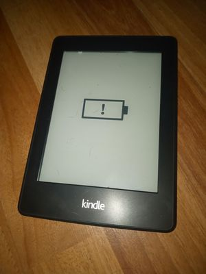 Kindle paperwhite with incipio case for Sale in Las Vegas, NV