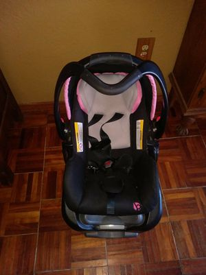 Infant car seat for Sale in Red Bluff, CA