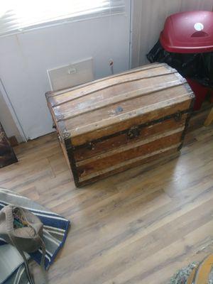 Seward trunk 1800s for Sale in Draper, VA