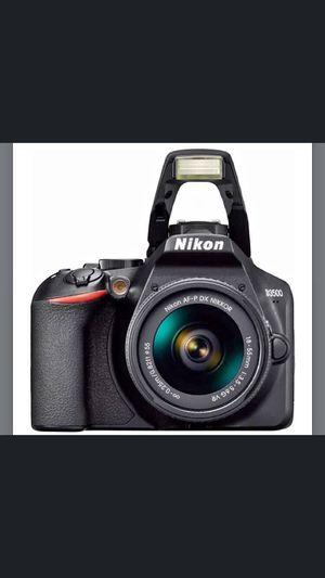 Nikon D3500 for Sale in San Bernardino, CA