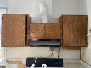Kitchen cabinets - lowers and uppers for Sale in Aurora, CO