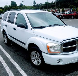 PRICE REDUCED!! Dodge Durango SLT 2006 LOW MILES! for Sale in Port Orchard, WA