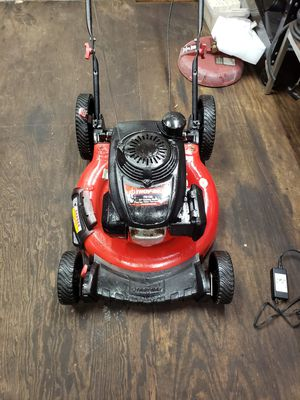 Troy-Bilt push lawn mower with Honda engine for Sale in New Port Richey, FL