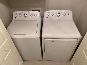 GE Washer & Dryer - 2 Years Old for Sale in Broken Arrow, OK