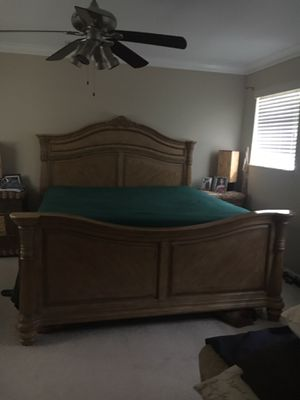 Beautiful King Bed and Mattress, Armoire and Lighted Curio for Sale in Plantation, FL