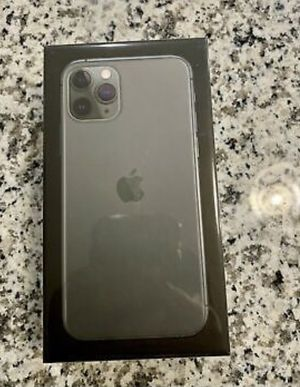 iPhone 11 for Sale in Lorain, OH