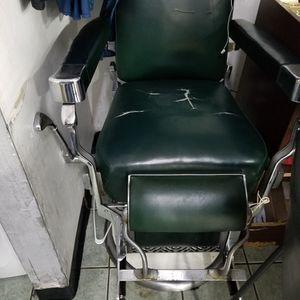 Koken Barber Chair for Sale in Orlando, FL