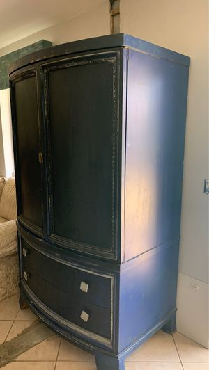 Large armoire currently used as pantry! for Sale in Boynton Beach, FL
