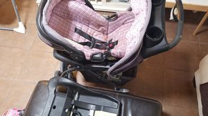 Eddie Bouer stroller with car seat for Sale in El Paso, TX