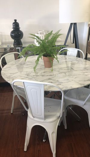 Marble finish dining table for Sale in South Miami, FL