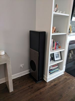 Polk Audio Ebony LSi 25 Tower Speakers for Sale in Chicago, IL