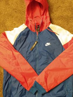 Nike Jacket Size L for Sale in Walton Hills,  OH
