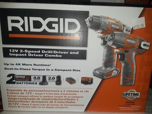 12 v 2-speed drill/driver and impact driver combo for Sale in Miami, FL