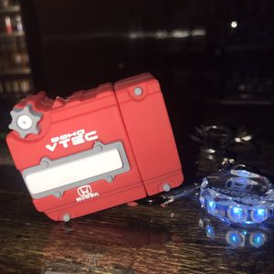 Honda DOHC AirPod Case With Keyring With Honda Emblem for Sale in Oklahoma City, OK