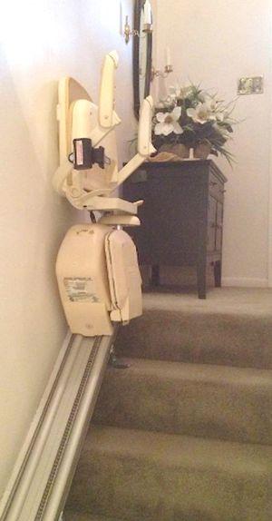 BROOKS SUPERGLIDE 130 Stair Lift Handicap for Sale in Pimmit Hills, VA