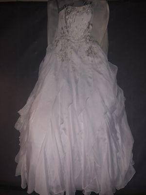 Wedding dress for Sale in Shadyside, OH