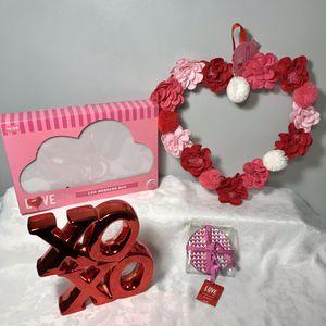 New Valentine's Decor/gift Items (pick XoXo Color) for Sale in Meriden, CT